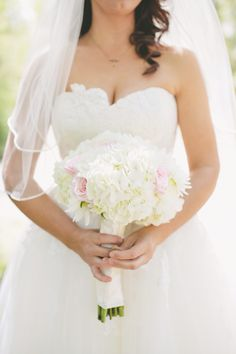 Bride's bouquet using pale pink roses and white hydrangea, Casie Webb Designs casiewebbdesigns.com Photography: #kristensoileauportraits