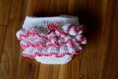 Ravelry: Ruffled Diaper Cover and Headband Pattern pattern by Ramona Byers