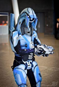 Geth- Mass Effect Cosplay MCM October 2012 by PixelMecha on deviantART