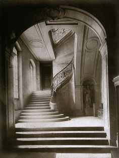 Within this photo, Eugene Atget is able to portray the concept of an old Paris staircase. In the center of this photo is a winding staircase with brace or wood arm railings with intricate designs on. History Of Photography, Documentary Photography, Vintage Photography, Street Photography, Interior Photography, Photography Tips, Landscape Photography, Portrait Photography, Nature Photography