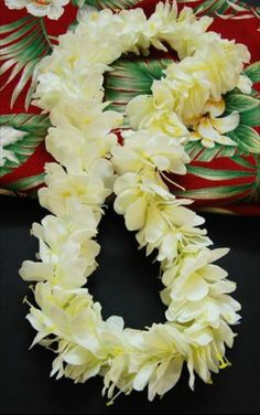~ High quality leis for luaus, weddings, graduations. and other tropical events for all ages!