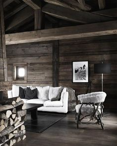 10 Chalet Chic Living Room Ideas For Ultimate Luxury And Comfortable Appeal - Decoholic Chalet Design, House Design, Design Hotel, Chalet Chic, Cabin Chic, Cabin Interiors, Rustic Interiors, Chic Living Room, Home And Living