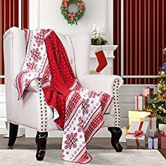 "Bedsure Designs Knitted Throw Blanket, Christmas Pattern, 50""x60"" - Red & White"