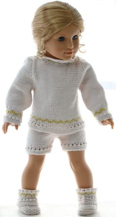 doll clothes patterns knitting - Your doll will be the belle of the ball in her new beautiful outfit American Girl Outfits, Girl Doll Clothes, Doll Clothes Patterns, Clothing Patterns, Knitting Patterns, Crochet Patterns, Knit Crochet, Crochet Hats, Knitted Dolls