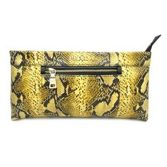 Accessories on Pinterest | Clutch Bags, Silver Clutch and Prada ...