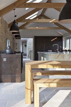 Classic Kitchens Direct - Home - Handmade Kitchens Direct to your home… Contemporary Barn, Modern Barn, Country Furniture, Home Furniture, Furniture Makers, Handmade Furniture, Luxury Furniture, Barn Kitchen, Kitchen Dining