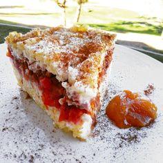 Fitness+rýžový+nákyp+se+švestkami Czech Desserts, Sweet Desserts, Sweet Recipes, Healthy Deserts, Healthy Cake, Healthy Recipes, Healthy Cooking, Cooking Recipes, Czech Recipes
