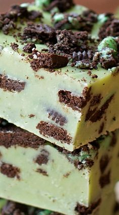 Mint Cookies & Cream Fudge