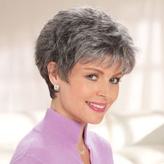 Short Hair Over 60, Short Grey Hair, Short Hair With Layers, Layered Hair, Hair Styles For Women Over 50, Short Hair Cuts For Women, Short Hairstyles For Women, Hair Growth After Chemo, Salt And Pepper Hair