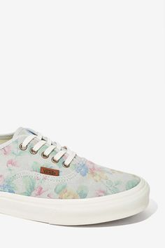 Pale Floral Suede shoes / by Vans