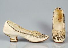 Juan Serra evening slippers, 1885–95. Courtesy of the Met.