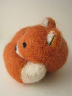 needle felted fox .. mine was a little more rotund but very cute