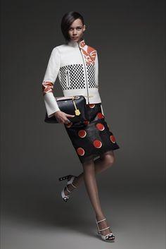Sfilata Fendi Roma - Pre-collezioni Primavera Estate 2015 - Vogue