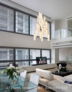 Modern Dining Room Chandelier Ideas Modern Chandelier Lights Up – 30 Luxury Style Ideas for Home High Ceiling Living Room, Chandelier In Living Room, Living Room Lighting, Modern Chandelier, Chandelier Lighting, Living Room Decor, Entry Chandelier, Chandelier Ideas, Dining Room