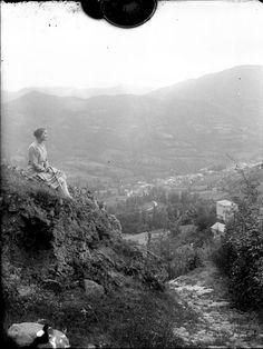 Vue de la vallée et du village de Saurat, Ariège_trutat eugene_1859