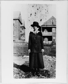 Yeoman (female) Marion F. Walsh, USN Reserve Force, 1918