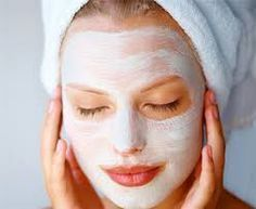 The best whitening peeling with simple mother nature ingredients .- The best whitening peeling with simple Mother Nature ingredients! It does super tight! Face Skin, Face And Body, Skin Mask, Beauty Secrets, Beauty Hacks, Beauty Tips, Beauty Care, Hair Beauty, At Home Face Mask