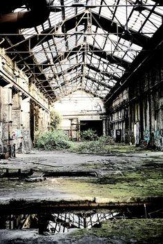Alte Produktionshalle, Industriebrache
