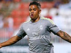 Mariano deja al Sevilla con las ganas y se va a Lyon
