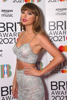 All About Taylor Swift, Taylor Swift Hot, Taylor Swift Style, Red Taylor, Selena, Miss Americana, Taylor Swift Wallpaper, Simone Biles, Taylor Swift Pictures
