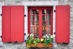 Cottage Style Window Box Ideas