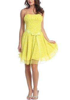 I'm usually not a fan of yellow. But this is too cute!