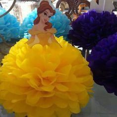 Pompon centro de mesa princesa