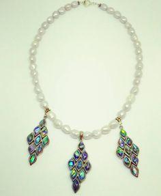 Pearl necklace with abalone chandeliers #pearl #gray #abalone #green #purple #blue #chandelier #nautical #sea #ocean #siren #mermaid #texas #texasartist #dallas #dfw #fortworth #atx #austin #metroplex #tx #amandanancedesigns #handmadejewelry #customjewelry #smallbusiness #shoplocal #madeintexas #texasgirl #texasstyle #necklace