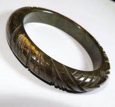 Vintage Heavily Carved Bakelite Bangle Bracelet, Dark Green Marble  Exclusively on Ruby Lane