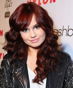 30 Styles of Redheads with Cherry Tint show you which shade feels better debby ryan red hair Hair Color Dark, Ombre Hair Color, Cool Hair Color, Brown Hair Colors, Dark Hair, Hair Colour, Color Cobrizo, Red Brown Ombre Hair, Dark Red Hair With Brown