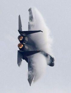 Air show of an F -18 near Moscow