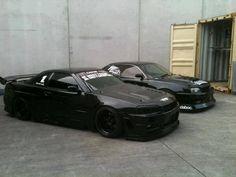 Ughhh sooooo good // beastly black on black on black Skyline Skyline Gtr R34, R34 Gtr, Nissan Skyline, My Dream Car, Dream Cars, Nissan Infiniti, Tuner Cars, Modified Cars, Car Manufacturers