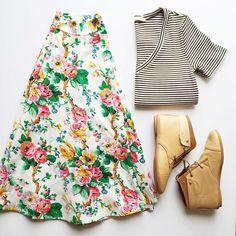 Mix prints stripes and flowers تناسق الملابس للطباعة المقلم مع الورد