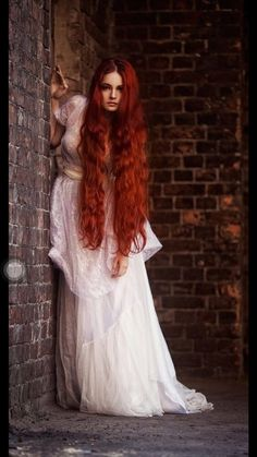 Beautiful Redhead, Beautiful Long Hair, Peinados Pin Up, Long Red Hair, Long Curly, Redhead Girl, Auburn Hair, Ginger Hair, Colorful Hair