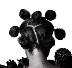 """EXHIBITION """"HAIR CHERIS"""" THE MUSEUM OF DOCK BRANLY!    Discover the exhibition here: http://www.black-in.com/sorties-loisirs/exposition-cie/aymie/cheveux-cheris-au-musee-du-quai-branly/"""