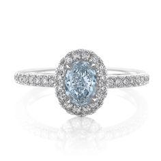 ¿Qué debes saber al comprar un anillo de Compromiso? Punto #4 – Aureola (halo): En los últimos años, un nuevo estilo se ha vuelto muy popular. Se llama anillos de compromiso de halo. 💎💍💎 #AnillosCompromisoCali #AnillosDeCompromiso #AnillosDeCompromisoColombia