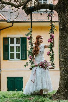 Girls Dresses, Flower Girl Dresses, Models, Elegant, Garden Wedding, Romantic, Wedding Dresses, Flowers, Fashion
