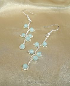 silvered wire earrings with opalic blue czech beads Wire Earrings, Wire Work, Wire Wrapped Jewelry, Wire Wrapping, Belly Button Rings, Glass Beads, Opal, Silver, Blue