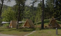 Glamping Lushna: Take the best from both worlds, hotels and camping. Have a glamorous evening under the stars.