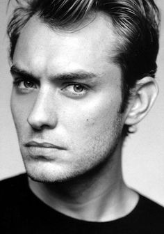 Jude Law - feminine male face, strong jawline, fuller eyebrows and forehead, but delicate mouth