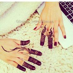 Elegant and unique finger mehndi designs6