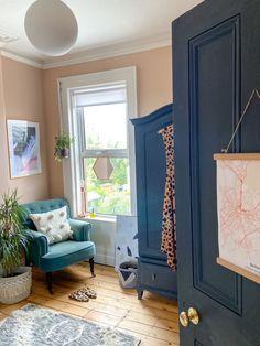 Living Room Nook, Living Room Red, Living Room Paint, Living Room Colors, Bedroom Colors, Bedroom Decor, Farrow And Ball Living Room, Farrow And Ball Paint, Baby Room Design