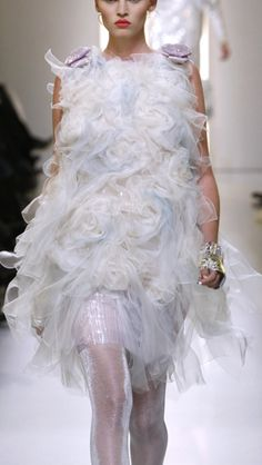 loulouvon:  Chanel Spring 2010 Couture