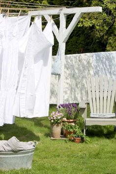 8 DIY Ways to Green Your Laundry Routine