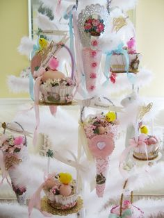 Loving all the vintage Easter!
