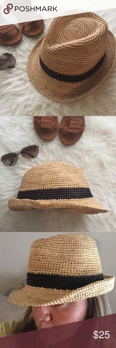 Fedora hat ️️TRADES‼️ VACA anyone? A must have piece for some fun in the sun. In good condition. Hat and black stripe made of woven straw. Fits a s/m Accessories Hats