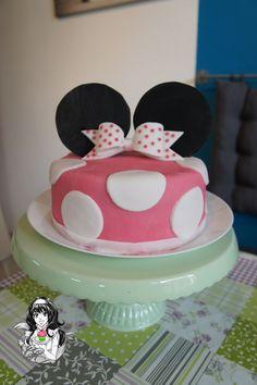 Minnie Maus - Torte Minnie Mouse - Cake https://www.facebook.com/ChristinasCakeFactory/