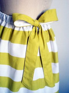 cute skirt  give it to me as an apron!