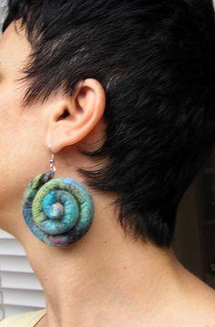 Eco friendly earrings wool earrings felt jewelry by Feelingfimo