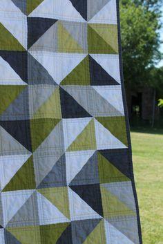 gray quilts | craftyblossom: grey and green geometric quilt.